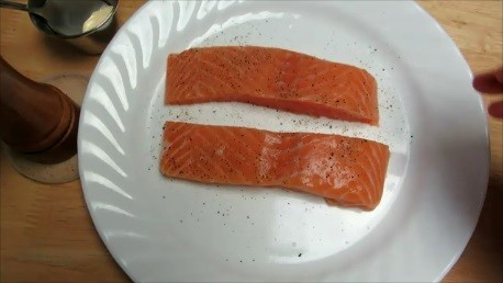 grilled-mayo-salmon-step1-pic