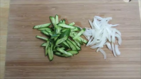 cold cucumber soup step (1)