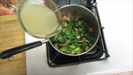 chard and maitake mushroom cream soup step (4)