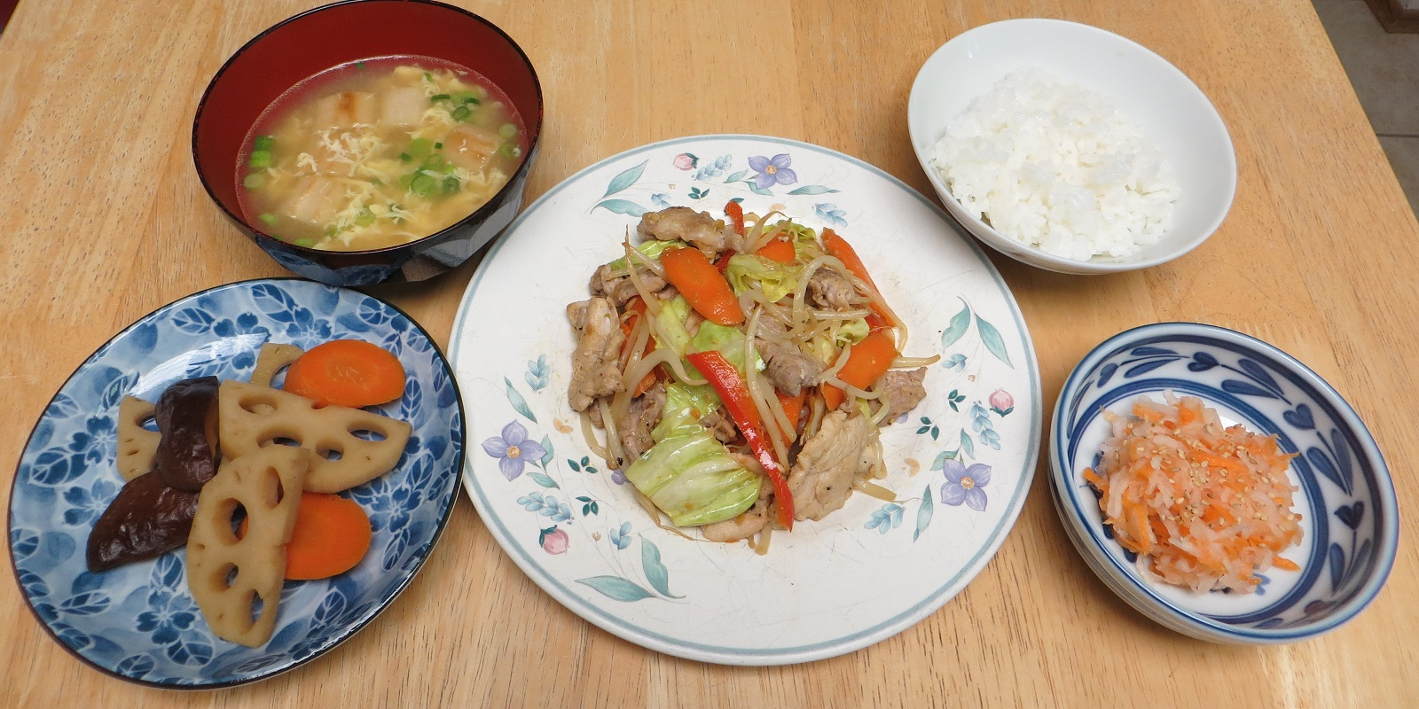 500 calories set meal sliced meat yasai itame stir fry vegetables